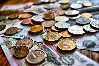 Сервис Moneyman предложил РПЦ создать банк для бедных