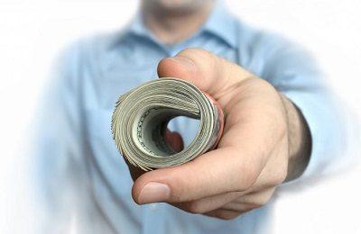 Что лучше для заемщика: МФО или КПК?