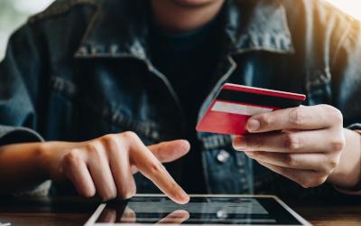 Средний чек онлайн-покупки в «Черную пятницу» упал на 11 процентов