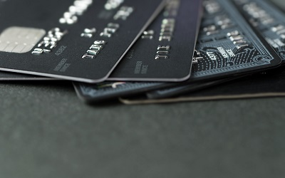Банки нарастили объем выдачи кредиток
