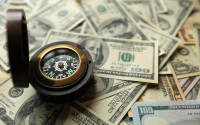Сколько всего долларов в мире