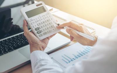 На портале «Займи Срочно» появился калькулятор расчета кредитных платежей