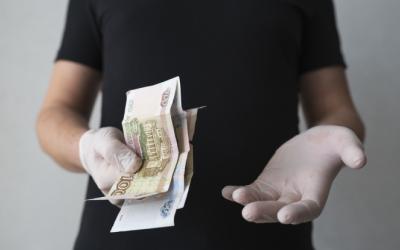 Эксперты назвали адекватный размер выплат россиянам в связи с коронавирусом