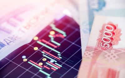 Российский рубль стал быстро терять силы