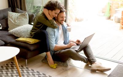 Россияне стали чаще совершать онлайн-покупки в кредит