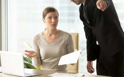 Неправомерно уволенные смогут требовать с работодателя компенсации