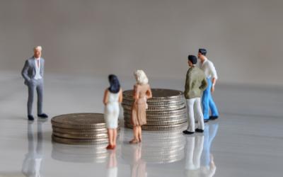 Почти каждый третий работодатель планирует снизить зарплаты