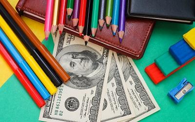 Спрос на школьные займы вырос на треть