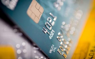 Новые заемщики по кредиткам чаще стали допускать просрочку