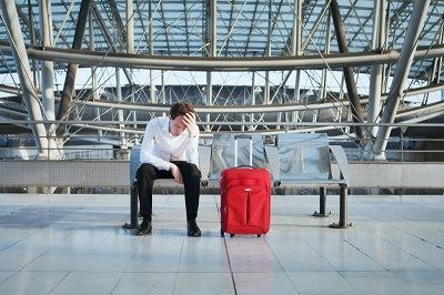 Сколько должников не выпустят за границу на Новый год?