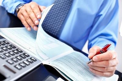 Персональный займ или банковский кредит?