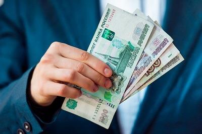 На что россияне брали займы в мае?