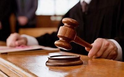 Подают ли коллекторы в суд на неплательщика?