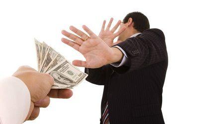 Почему заемщики МФО не поддаются на уговоры взять больше?