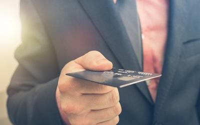 Ежемесячный платеж по кредитке. Сколько составляет?