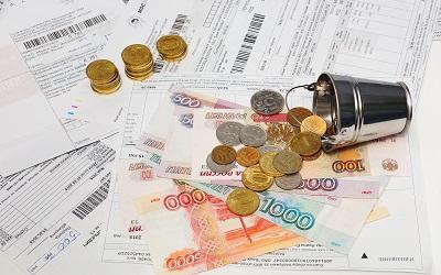 Какие у россиян обязательные платежи и сколько денег остается