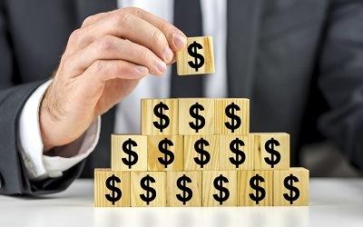 Большинство россиян не могут определить финансовую пирамиду