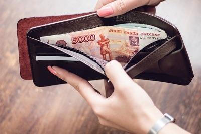 Заемщики МФО активно пополняли кошельки в первую неделю года
