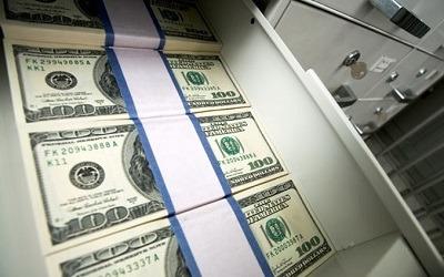 Владельцы счетов в зарубежных банках спешат вернуть деньги