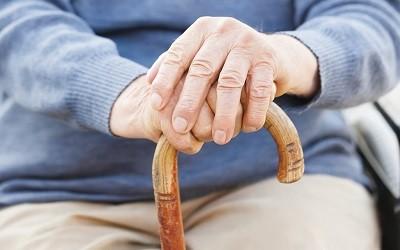Максимальную планку выхода на пенсию надо поднимать очень плавно, - Алексей Коренев