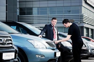Россияне стали покупать более дорогие авто в кредит