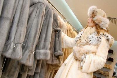 Россияне направляют зимние кредиты наличными на покупку шуб и ювелирных изделий