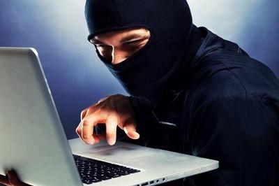 Мошенники идут за онлайн-сбережениям россиян