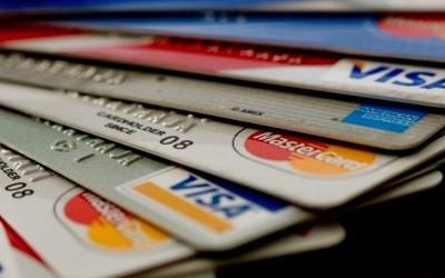 Россияне запаслись кредитными картами в феврале