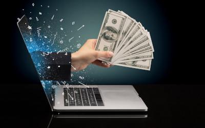 Три четверти граждан отправляли денежные средства через интернет за последний год