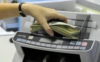 Россияне не бросились скупать валюту
