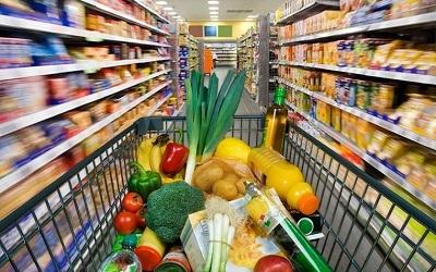 Россияне стали меньше экономить на продуктах первой необходимости