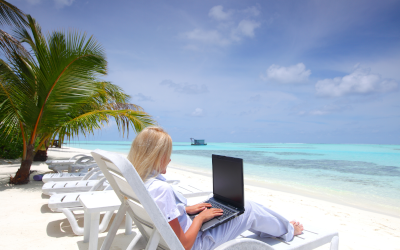 40 процентов продолжают работать даже в отпуске