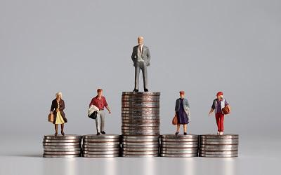 98% россиян беспокоит социальное неравенство в стране
