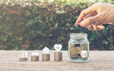 68 процентов граждан РФ помогают с деньгами мамам и папам