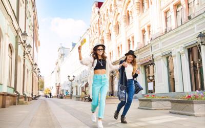 Многие россияне хотят переехать на заработки в Москву и Санкт-Петербург