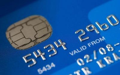 Лимиты по кредиткам прекратили падение и приступили к росту