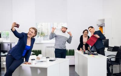 Работники в России больше ценят хороший коллектив, нежели зарплату