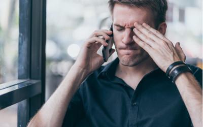 Коллекторам могут запретить звонки соседям, коллегам и друзьям должника