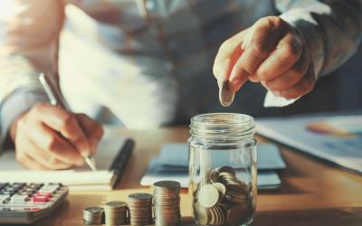 Эксперты назвали подходящий для сбережений заработок