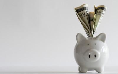 Россияне предпочитают хранить деньги в валюте