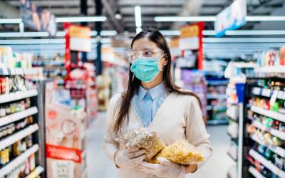 Продуктовые магазины могут отменить скидки из-за коронавируса
