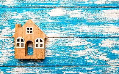Объемы выдачи ипотеки продолжили падать в апреле