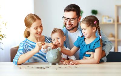 Свыше 2 млн семей не спешат обращаться за деньгами маткапитала