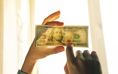 Количество поддельных денег в обороте продолжает сокращаться