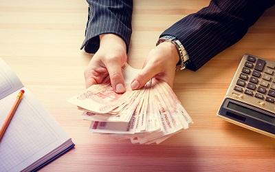 Россияне взяли в июне 2,28 млн займов до зарплаты