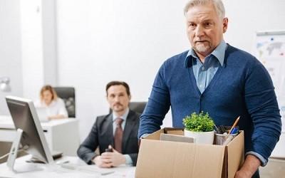 Уголовное наказание для работодателей, увольняющих стариков, может негативно отразиться на работниках 57-59 лет, - Алексей Коренев